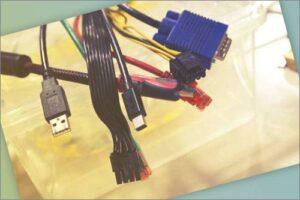 PCcomponentes teléfono